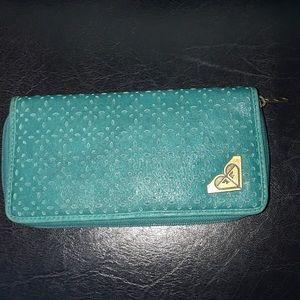 Roxy zip around wallet